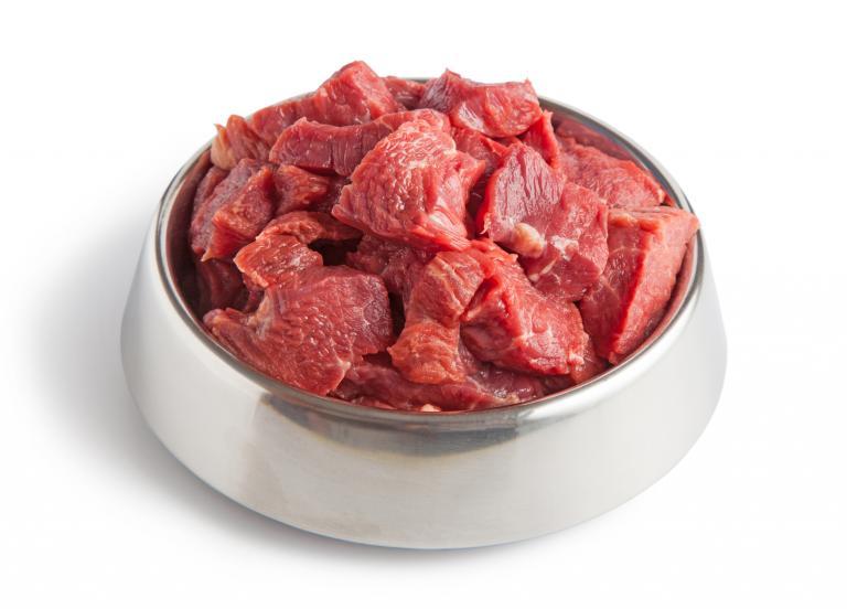 Syrové maso v misce